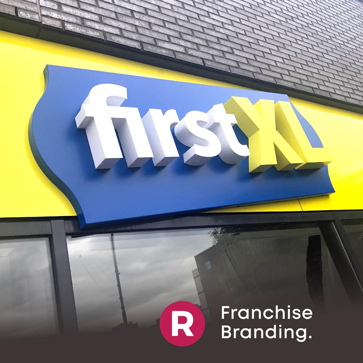 FirstXL Franchise ontwerp reclamebureau Utrecht Gevelreclame